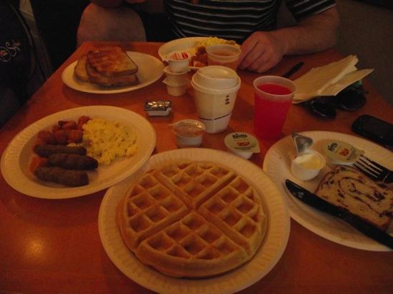 Homewood Suites Orlando-International Drive/Convention Center: desayuno completo