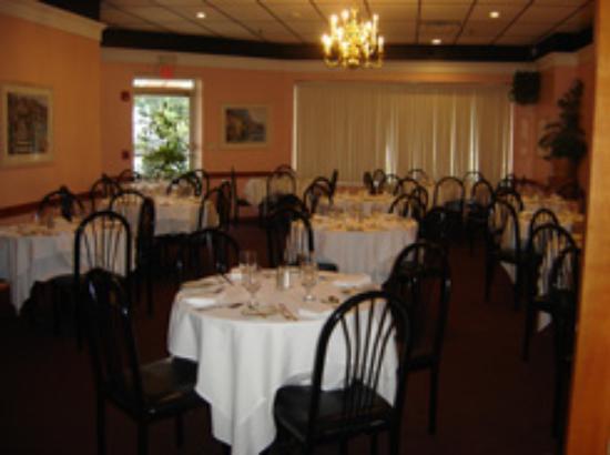 Orlando S Italian Restaurant 285 Commack Rd