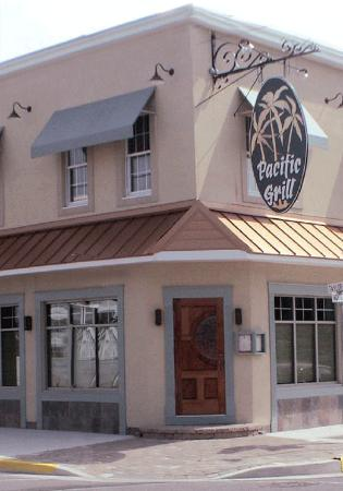 Pacific Grill : Pacific & Taylor Ave