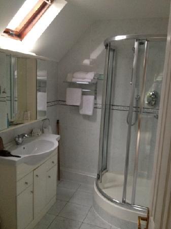 Heatherview Bed & Breakfast: room #5 ensuite bathroom
