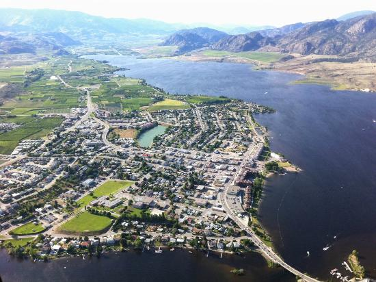 Wine Country Helicopter Adventures Ltd : Looking north over the town of Osooyos and the isthmus across the lake (Highway 3)