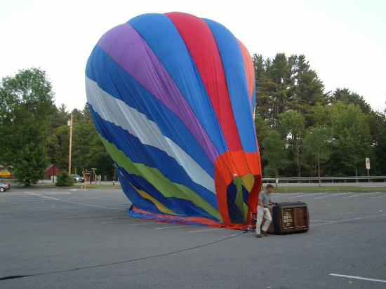 Balloons of Vermont - Private Flights: Deflating