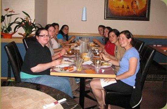 Sakoon Indian Cuisine: Dining