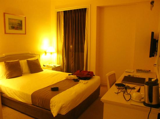 โรงแรม ควอลิตี้ มาร์โลว์: Small but Clean