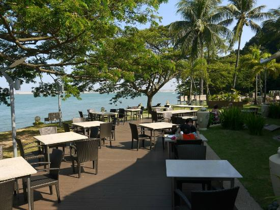 Shangri Las Rasa Sentosa Resort Spa Barnacles Restraunt