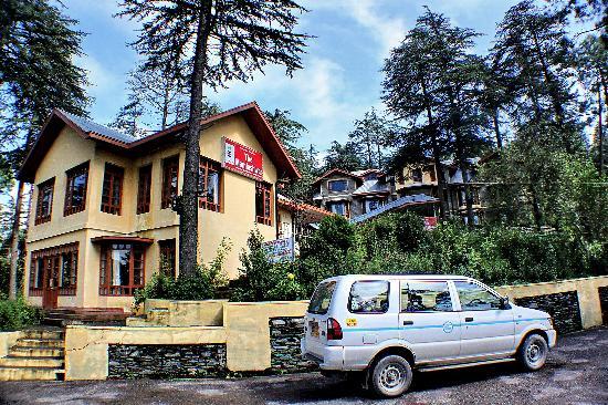 Hotel Mamleshwar (HPTDC): Full View of Resort amidst teak forest