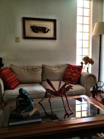 La Casita del Patio Verde: comfy living room