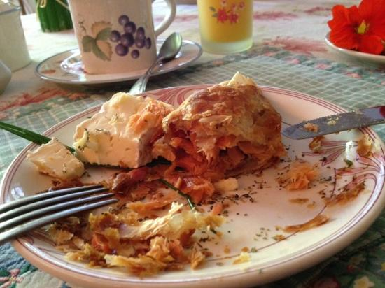 Old Trout Bed and Breakfast: salmon stuffed croissant with Brie