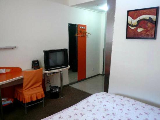 Motel 168 (Qingdao Railway Station): 7