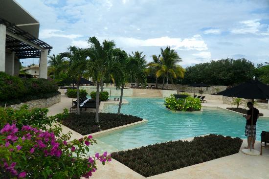 منتجع Rosewood Mayakoba: Front Pool 