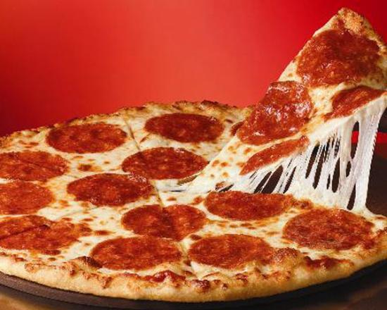 http://media-cdn.tripadvisor.com/media/photo-s/02/8f/3b/1c/happy-herb-pizza.jpg
