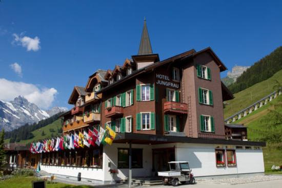 Hotel Jungfrau - Restaurant Gruebi