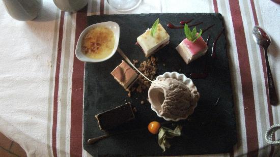 Auberge Du Lavoir: Palette de dessert