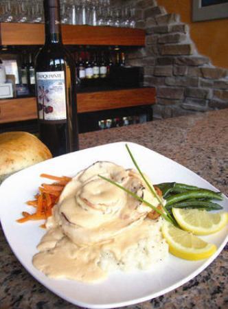 Duncan Creek Wine Bar Photo