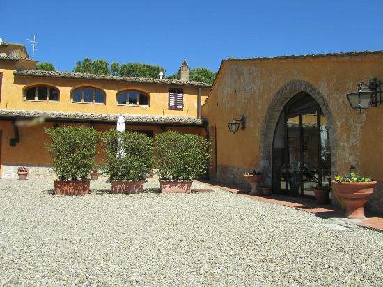 Casanova di Larniano: Villa