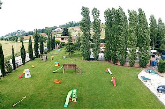 Ramazzano, Italien: parco giochi