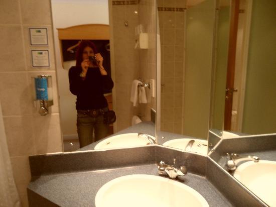 Holiday Inn Express Edinburgh - Royal Mile: bagno