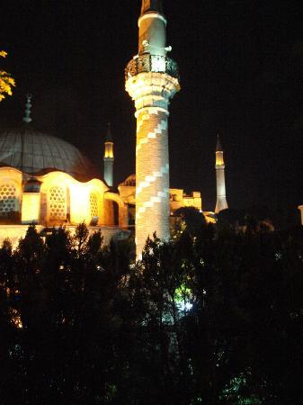 Zeynep Sultan Hotel : Blick von der Terrasse am Abend