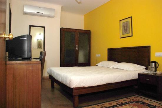 Rajdeep Hotel