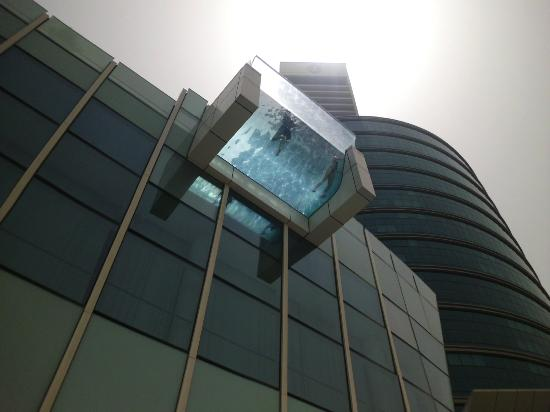Crowne Plaza Dubai Festival City: nice pool