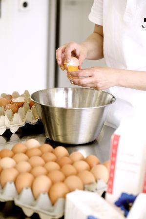 -9 Gelato Italiano: e uova di galline del Mendrisiotto, allevate in fattoria a terra in liberta