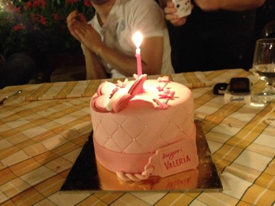 Cupcakes alla violetta e alla rosa - Picture of Sweety ...