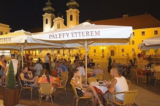 Palffy Etterem Photo