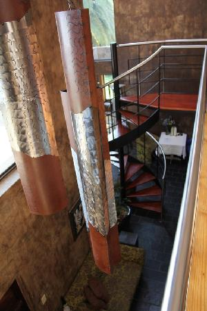African Rock Hotel: Spiral staircase