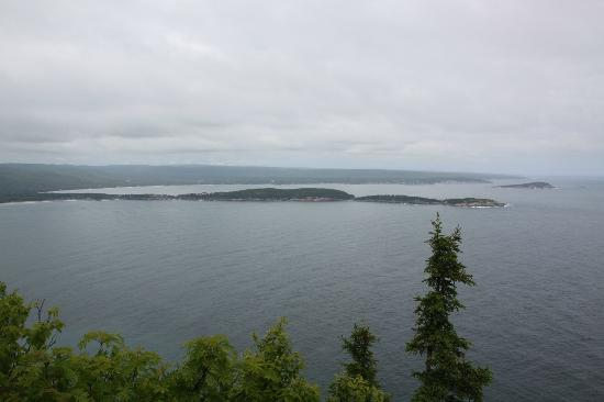 Cape Smokey Provincial Park : View over Ingonish Bay!