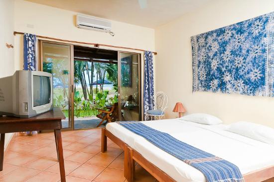 Hotel La Laguna del cocodrilo: Room #1 (1st Floor Ocean View)