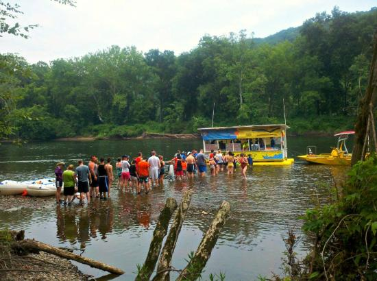 Delaware River Tubing: The hot dog man!