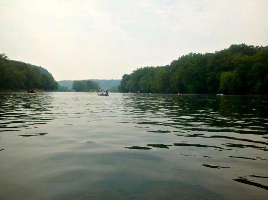 Delaware River Tubing : tubing