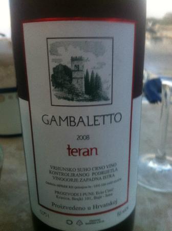 Bora bar: Gambaletto red wine Teran