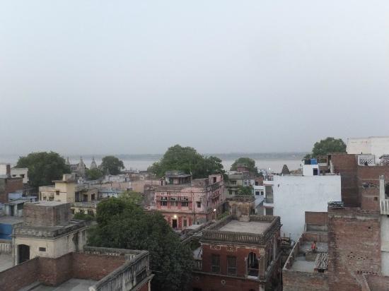Sandhya Guest House: 屋上からの眺め