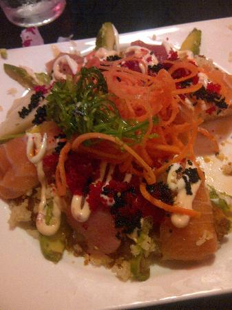 Wasabi House: Sushi Pizza, absolutely delightful.