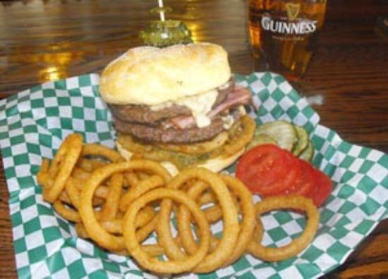 Foto de Waddell's Neighborhood Pub & Grill