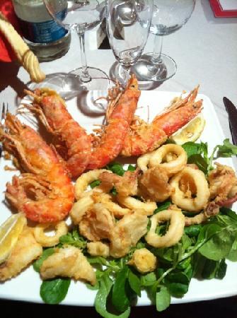 Antica Trattoria La Vittoria : fritto di gamberi( giganti) e calamari