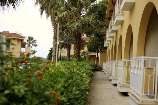 Hotel Villaggio Perla del Golfo: La palazzina