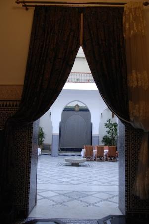 Riad Layali Fes: Du salon vers le Hall
