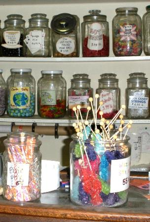 S. Fernald's Country Store and Deli: Candy!