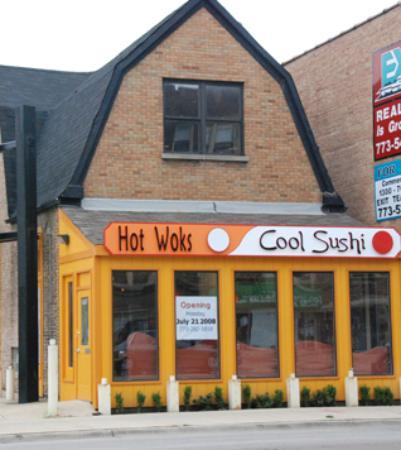 Foto de Hot Woks Cool Sushi - Roscoe Village