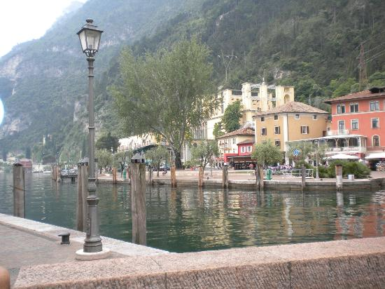 Hotel Kristal Palace - Tonelli Hotels: The steamer station at Riva del Garda