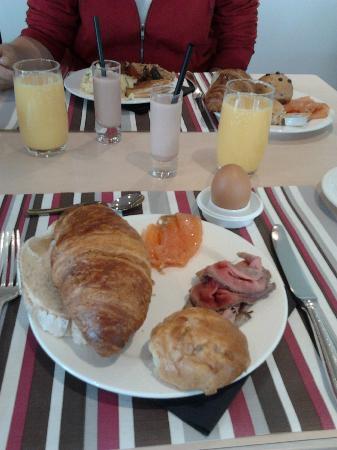 Bilderberg Hotel De Buunderkamp : Ontbijt