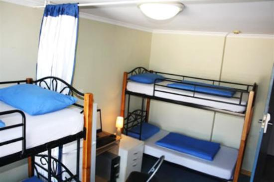 Rooftop Travellers Lodge Foto