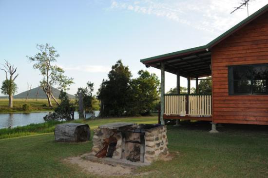 Henderson Park Farm Retreat: Outside Cabin 1
