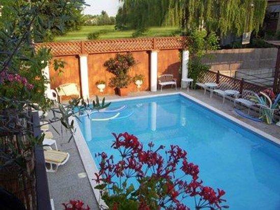 Hotel Terme Belvedere: piscina scoperta