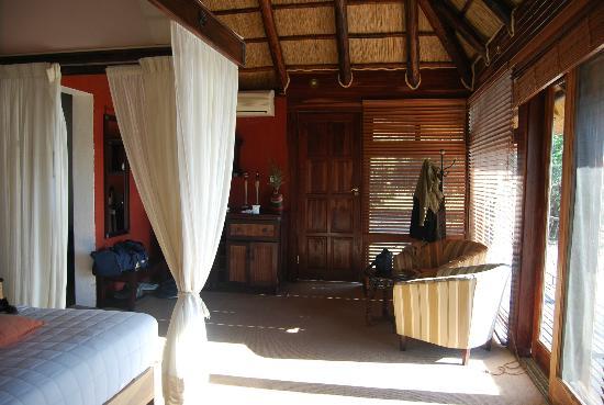 Photo of Chikwenya Safari Lodge Mana Pools National Park
