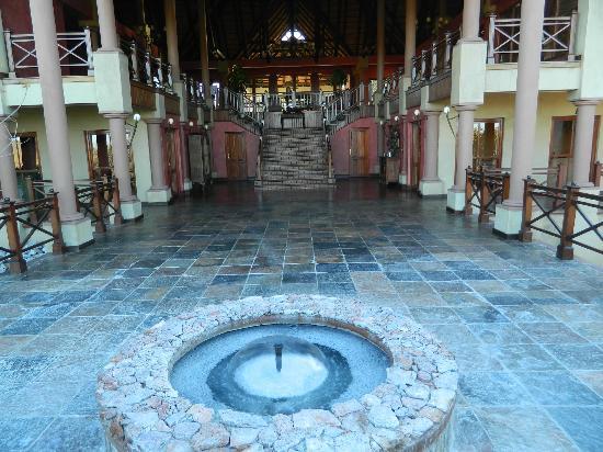 Epacha Game Lodge and Spa: Balkon Hauptgebäude