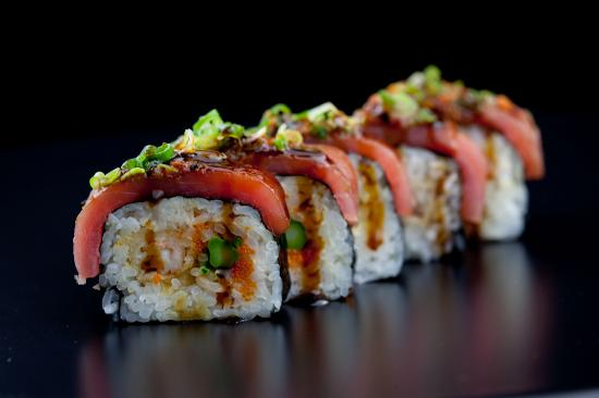 Oishi Steakhouse & Sushi