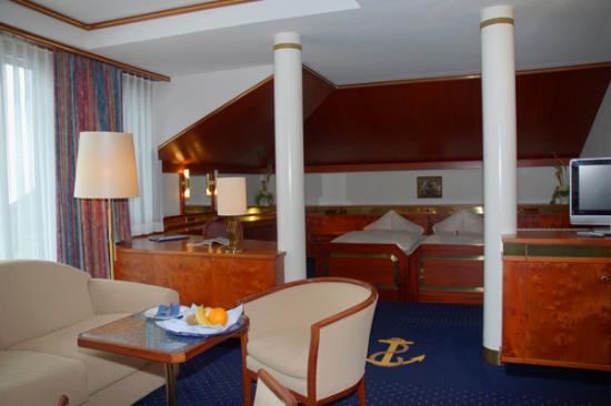 Hotel Bad Horn Photo